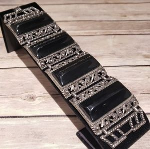 Vtg 30s or 40s lucite and base metal bracelet